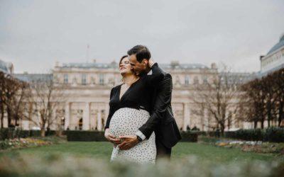 Shooting Grossesse Paris Louvre Céline et Thomas